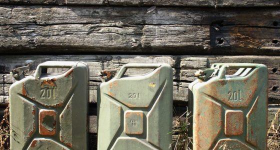 gasoline-canister-708568_1280